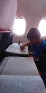 Devoirs ds l'avion