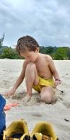 Occupation avec jouets trouvés sur les plages