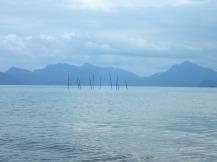 Les îles en face de pantai Pasir Hitam