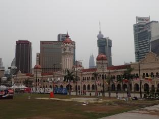 Magnifique et placé sur Merdeka Square.
