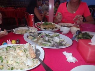 Ah le repas: formidable poisson et coquillages, c'était exquis.