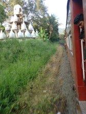 Le train prend de la vitesse