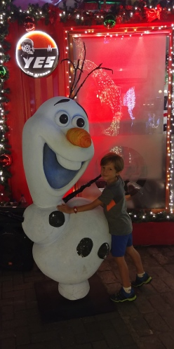 OLAF ça sent vraiment Noël.