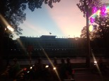 Le palais de la réunification au coucher du soleil. Trop tard pour le visiter. On reviendra.