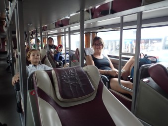 Départ pour le delta du Mekong dans nos superbes bus couchette.