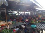 Et passage obligé à travers le marché de Hoi An.
