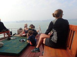 Moment détente sur le bateau.