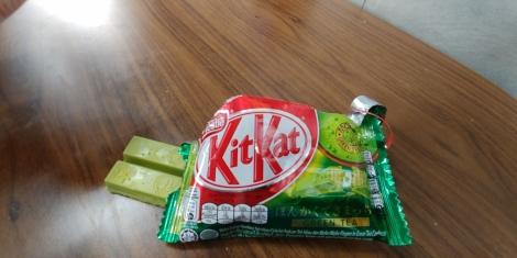 Et d'un KitKat au thé vert.