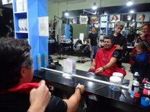 Petite halte rapide chez le coiffeur.