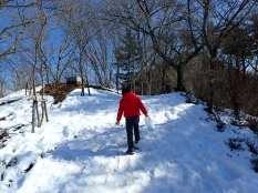 Première neige pour Simon.