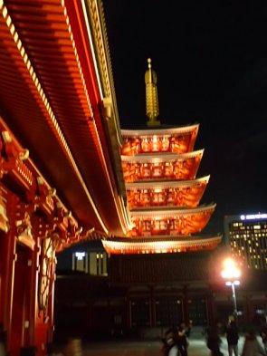 Sa pagode à 5 étages de 54 m de haut.