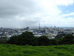 On reprend la route et passage express à Auckland.