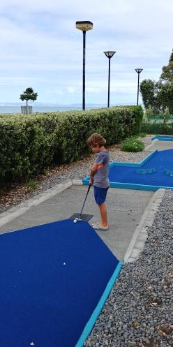 Et son superbe mini-golf x2 fois 18 trous!!! Au plaisir de tous.