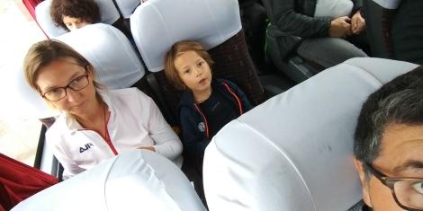 Après notre vol de 6H00 annulé, un transfert d'aéroport et 25H00 de retard on saute ds notre avion pour Salta.