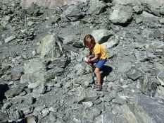 Et Simon comme dab nous fait des montagnes de pierres.