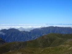 A 3348 M. La mer de nuages au loin.