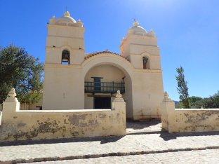 Arrêt à Molinos avec son église San Pedro de Nolasco du XVII