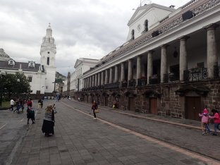 Et sa Plaza Grande.