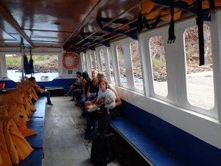Les Galapagos nous voici, 10mn de bateau et 30 mn de bus encore!! Dernier effort.