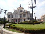 Le palais des beaux arts.