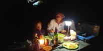 Après avoir récupéré nos affaires de camping chez Walmart, nous trouvons un super camping ……...