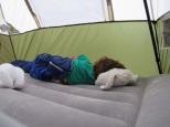 On dort bien ds notre tipi.