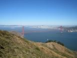 On l'admire d'en haut ainsi que la baie qui n'est pas ds la brume!!