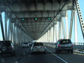 Impressionnant pont à étage.
